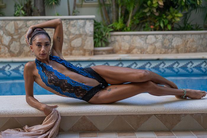 Model Boudoir Poses