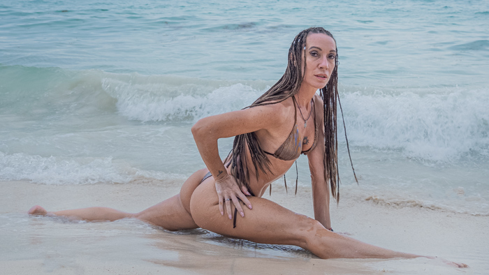 Fitness Model And Photographer In Playa Del Carmen